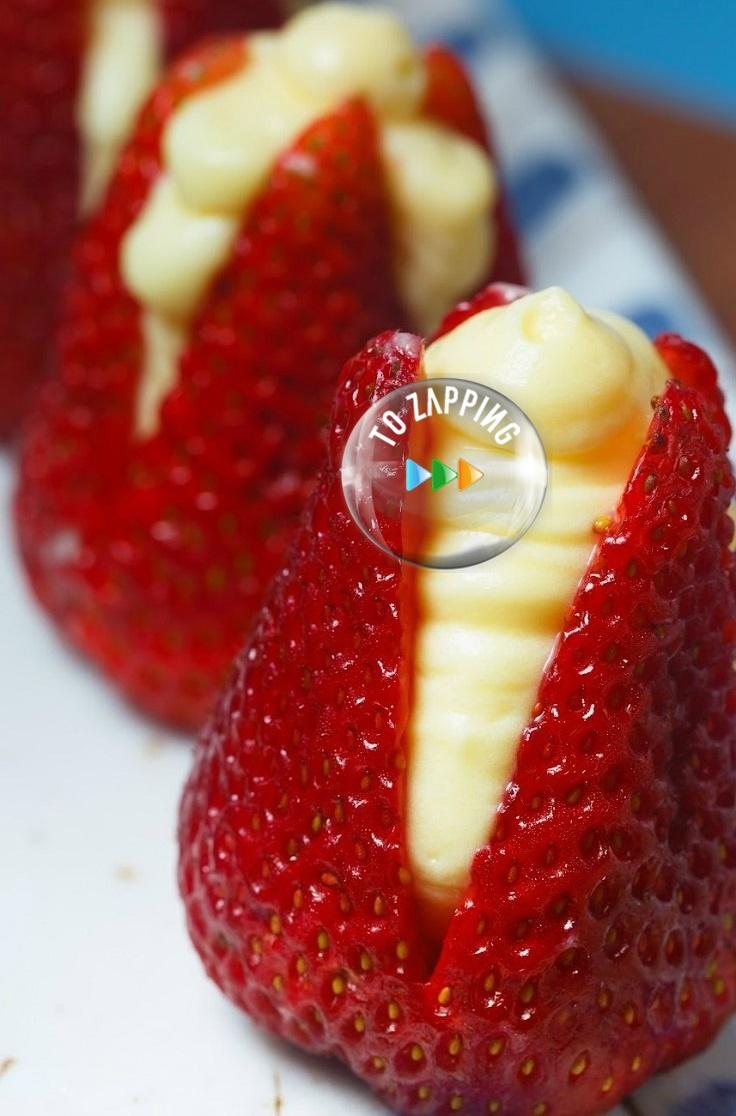 Fresas rellenas de crema de almendra