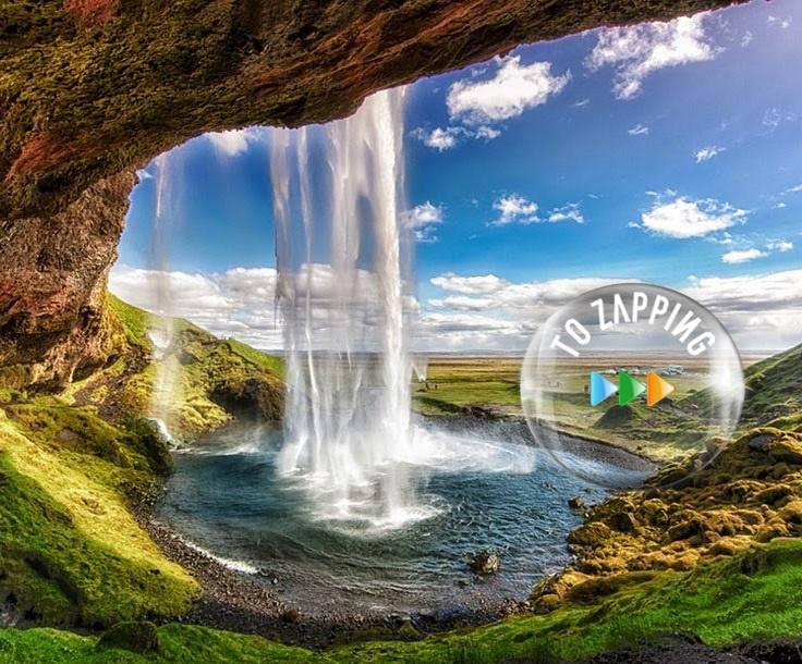 Seljalandsfoss es una cascada de Islandia
