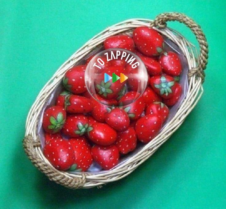 Cómo hacer fresas con piedras de río